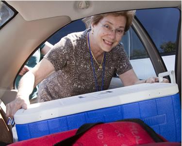senior center volunteer opportunities